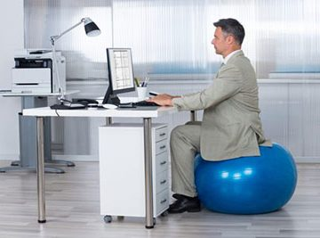 what-size-exercise-ball-for-sitting-at-desk